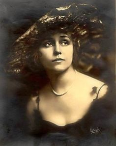 Florence La Badie became the first major female film star to die while her career was at its peak, and the movie-going public mourned her passing. Florence La Badie (April 27, 1888 – October 13, 1917) was an American actress in the early days of Hollywood, during the silent film era. Though little known today, she was a major star between 1911 and 1917. Her career was at its height when she died at age 29 from injuries sustained in an automobile accident.