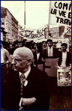 Michel Foucault : Freedom of conscience entails more dangers than authority and despotism. Children Of The Revolution, Famous Philosophers, Etat Civil, Smart Quotes, Charming Man, Human Emotions, Beautiful Mind, Social Science, Oppression
