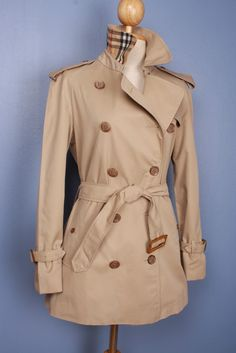 Coat of the week, free shippping world wide! Women Vintage  BURBERRY Short TRENCH Coat Beige UK Size 6  / 8 Extra small $279.00 stunning!