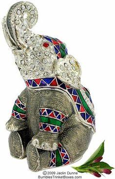 Trinket Box: Gray Elephant Sitting
