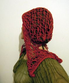 Sylva-Les' red språng hairnet at ravelry.com (2 of 3) Medieval Hats, Fiber Art, Ravelry, Weaving, Spring, Loom, Crocheting, Red, Fabric