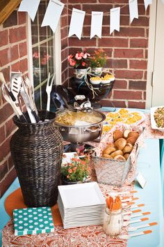 Check this out to amp up your usual BBQ party to show off your Grill & Chill backyard!  http://www.cbhhomes.com/specials/grill-n-chill/splash/