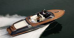 Poroli Special Boats - Home > Rappresentanze > Riva > Aquariva Super 33'