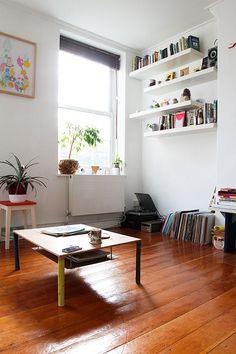 Un appartement de graphiste et de musicien