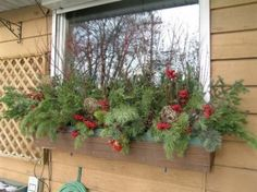 20 Easy Holiday Window Box Ideas ~ Page 11 of 22 ~ Bless My Weeds Winter Window Boxes, Christmas Window Boxes, Window Box Flowers, Flower Boxes, Rustic Houses Exterior, Outdoor Christmas Decorations, Christmas Crafts, Christmas Ideas, Merry Christmas