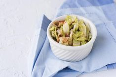 This Southern Fried Bacon and Cabbage is the perfect cabbage recipe for a quick and easy dinner. If you have had a long day and you want to make up a meal that will take less than an hour this bacon and cabbage recipe is exactly what you need! Cabbage Roll Soup, Cabbage And Bacon, Cabbage Recipes, Cooking Bacon, Easy Cooking, Cooking Recipes, Cooking Videos, Pork Recipes, Recipies