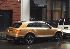 Gold sparkles. 26&Park NYC #carspotting #cars #car #carporn #supercar #carspotter #supercars