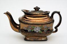 The Bowes Museum: Teapot, c.1830