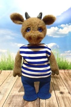 PDF Мастер-класс по вязанию бычка амигуруми крючком #схемыамигуруми #амигуруми #вязаныеигрушки #amigurumipattern #amigurumi #crochetbull #crochetpattern #amigurumitoy #amigurumibull #вязаныйбык Crochet Toys, Easy Crochet, Cow, Crochet Patterns, Teddy Bear, Knitting, Animals, Buffalo, Amigurumi Doll
