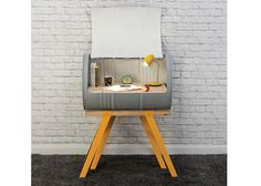 Here's now to upcycle like a boss Here And Now, Like A Boss, Knight, Upcycle, Chair, Projects, Diy, Painting, Furniture
