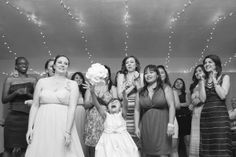 LOVE this flower girl shot! | Sam Stroud #wedding