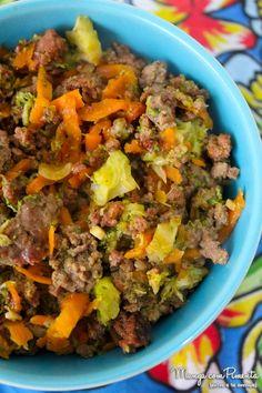 Carne com Cenoura e Brócolis para o dia a dia, perfeito para aquela marmita marota :) Clique na imagem para ver a receita no Manga com Pimenta.