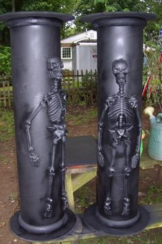 Skeleton fun... these would be perfect for my front porch, ohhhh how I love Halloween!