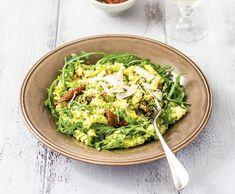 Fusilli shráškovým pestem | Recepty Albert Fusilli, Avocado Toast, Guacamole, Pesto, Sprouts, Vegetables, Breakfast, Ethnic Recipes, Italy