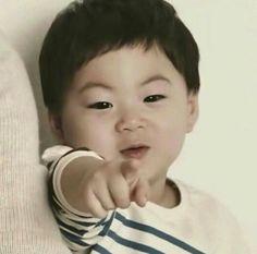 Manseyaaaa😄 Cute Little Baby, Little Babies, Funny Babies, Cute Babies, Song Il Gook, Superman Kids, Song Daehan, Song Triplets, Cute Songs