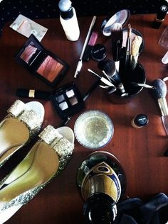 getting my makeup done on my wedding day / 11.6.11