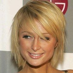 Paris Hilton has a rectangular face shape. What shape is your face? Paris Hilton has a rectangular face shape. What shape . Short Hair Styles For Round Faces, Cute Hairstyles For Short Hair, Permed Hairstyles, Short Hair Cuts For Women, Hairstyles For Round Faces, Straight Hairstyles, Short Styles, Medium Hairstyles, Celebrity Hairstyles