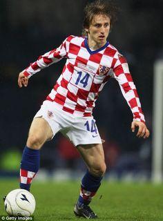 MODRIĆ, Luka   Midfield   Real Madrid (ESP)   @lukam10   Click on photo to view skills