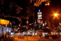 Plaza central e Iglesia de Guadalupe, Puerto Vallarta Centro, Jalisco, Mexico,