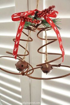 Share this on WhatsAppHere's your one-stop hub for a collection of rustic Christmas decorations popular on Pinterest. Christmas is fast approaching and you have the [...]