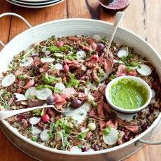 GARLIC AND BLACK PEPPER BEEF WITH TOASTED QUINOA, LENTIL, BEAN AND BABY RADISH SALAD