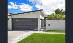 160 Nobby Parade, Miami, Qld View property details and sold price of 160 Nobby Parade & other properties in Miami, Qld Carport Plans, Carport Garage, Garage Plans, Carport Ideas, Garage Doors, Carport Designs, Garage Design, House Gate Design, Fence Design