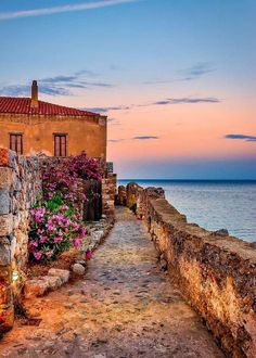 Monemvasia, greece greek islands, most beautiful, beautiful scenery, beauti Wonderful Places, Beautiful Places, Beautiful Scenery, Beautiful Beautiful, Places To Travel, Places To See, Places Around The World, Around The Worlds, Monemvasia Greece