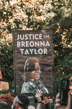 Black Lives Matter! Activist and writer Emelda shares her thoughts on police violence, protests, and Justice for Breonna Taylor, George Floyd, and Ahmaud Arbery. #BlackLivesMatter #BreonnaTaylor #GeorgeFloyd #AhmaudArbery (Photo by Maria Oswalt) Frederick Douglass, Say Her Name, Person Of Color, Social Injustice, Peaceful Protest, Lyric Quotes, Movie Quotes, Feminism