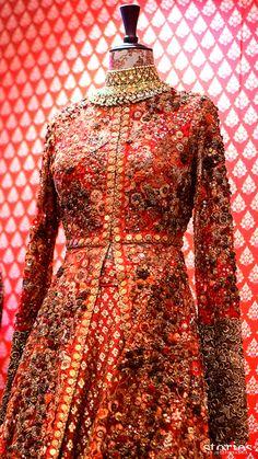 Sabyasachi - Vogue Wedding Show 2015 [[Sabyasachi~❤。An Exquisite Clothing World]]
