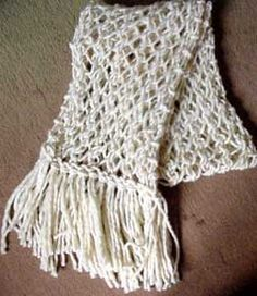 Simples... Feliz.....: Xale e cachecol em ponto segredo em tricot