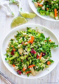 Paleo carb-free broccoli detox salad loaded with crunchy broccoli, cauliflower, kale, and carrots, coated in a lemony ginger-oregano dressing. Every ingredient in this salad is so refreshing, crunc...