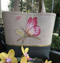 Beautiful butterfly in soft and darker pinks, very nice. Cross Stitching, Cross Stitch Embroidery, Cross Stitch Patterns, Embroidery Bags, Butterfly Embroidery, Unique Purses, Handmade Purses, Homemade Bags, Big Handbags