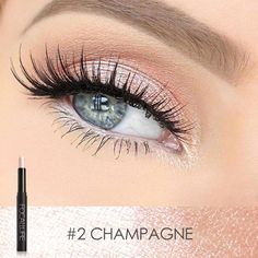 Eyeshadow Pencil, Metallic Eyeshadow, Shimmer Eyeshadow, Gel Eyeliner, Eyeshadow Looks, Eyeshadow Makeup, Highlighter Makeup, Simple Eyeliner, Smokey Eyeshadow