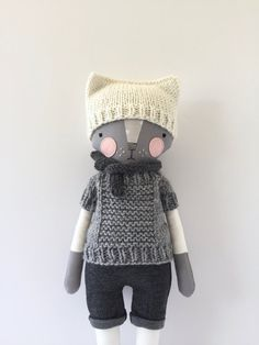 luckyjuju kitty boy STANDING style with handknit by luckyjuju