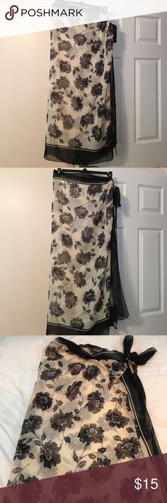 DKNY floral sarong DKNY floral sarong. Beautiful floral pattern in pristine condition. DKNY Swim Sarongs