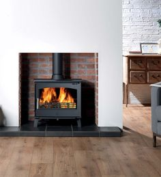 £925.00 ACR Hopwood DEFRA Approved Wood Burning - Multi Fuel Stove #woodburners #woodburningstoves #logburner #multifuelstove #woodburner #woodburningstove #directstoves #solidfuelstoves #traditionalstove #traditionalwoodburners #traditionalstoves #contemporarystoves
