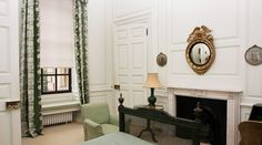 Bedroom Six - The Ditchley Foundation