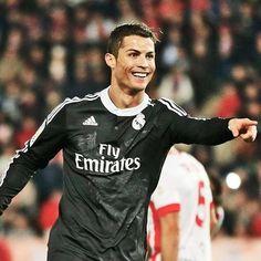 Le futur club de Cristiano Ronaldo déjà connu ? - http://bit.ly/1H0xKUV