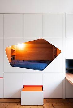 Idee tweede slaapkamer? Van Staeyen interieurontwerp. Wij overstijgen standaardoplossingen door creatieve, logische en vooral leefbare interieur ontwerpen.