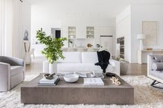 Mix and Chic: Inside a sleek, stylish and sophisticated Virginia home!