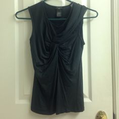 Green Ann Taylor Petite Top Pretty, hunter green top. Interesting shear detail on one shoulder. Super flattering! Ann Taylor Tops