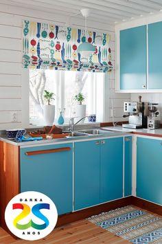 Uma combinação leve de azul com branco para a cozinha.