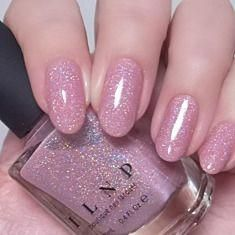Want some ideas for wedding nail polish designs? This article is a collection of our favorite nail polish designs for your special day. Nail Polish Designs, Nail Polish Colors, Sheer Nail Polish, Pink Nail Colors, Pink Polish, Cute Nails, Pretty Nails, Wedding Nail Polish, Manicure
