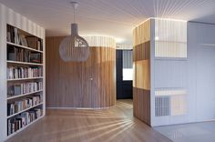 Licht in muur/kast - Home Renovation / Julien Joly Architecture Arch Interior, Interior Design Tips, Interior Architecture, Computer Architecture, Small Appartment, Curved Walls, Home Improvement Loans, Parisian Apartment, Simple House