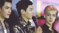 WHY STAN OH SEHUN. (2/12) How Sehun judging Chanyeol's introduction (gif)