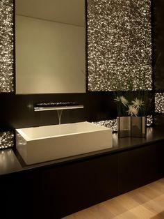 Glitter Wall 28