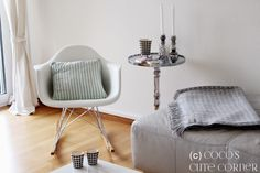 Wohnzimmer mit Eames Schaukelstuhl / Interior Inspiration