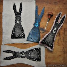 Day 27 of #carvedecember It's the holidays so thought I'd do something different for a change. Playing around with some fabric printing in the studio - a folksy hare totem. #carvedecember2017 #fabricprinting #blockprinting #caligosafewash #hare #haretotem #folksy #folkart #naiveart #hareart #hareartworks #animalart #andreaclement #andreaclementartist #printmaking