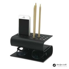 The Habdmade S-Shaped Desk Organizer