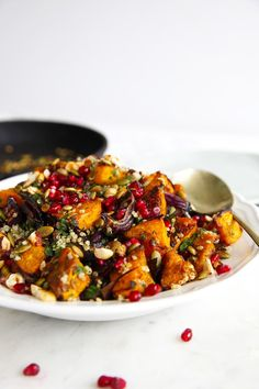 Roasted Pumpkin Quinoa Salad – Little Big H Roasted pumpkin quinoa salad – packed with herbs and garnished with pepitas, pomegranate & hazelnuts Vegetarian Recipes, Cooking Recipes, Healthy Recipes, Vegetarian Salad, Cooking Games, Pumpkin Quinoa Salad, Roast Pumpkin Salad, Roasted Pumpkin Recipe, Healthy Salads